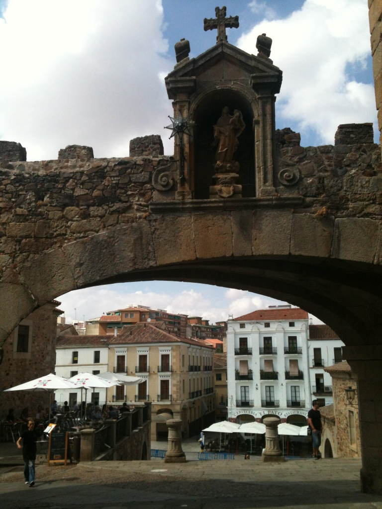 Day 76 rest day in c ceres kaye 39 s awesome adventure - Hotel casa don fernando caceres booking ...