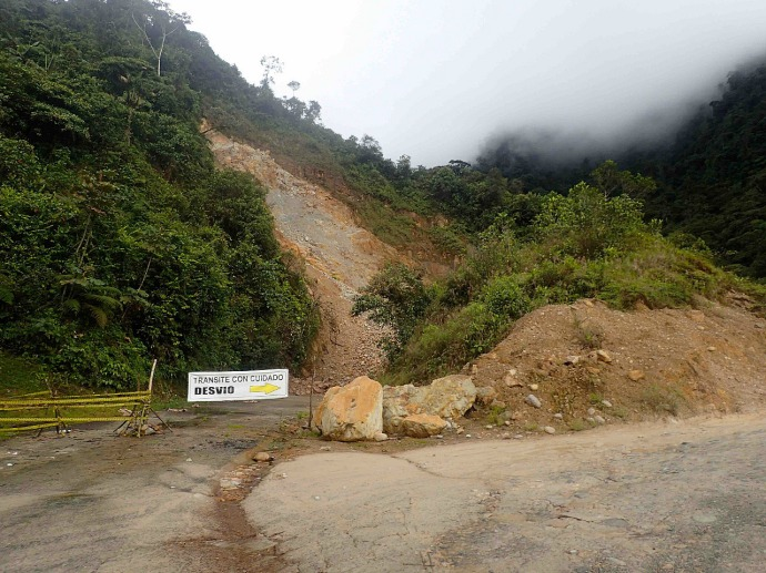 Road detour due to massive landslide (Photo and caption credit: Sue's blog)