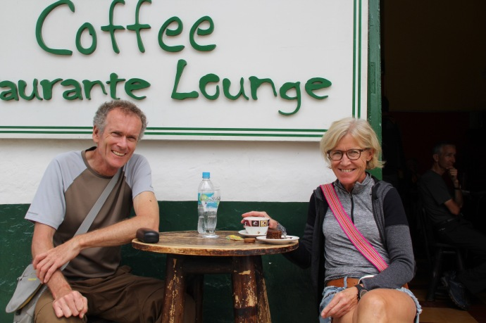 Coffee place in San Augustin - riders Peter from NZ and Anna Greta from Denmark