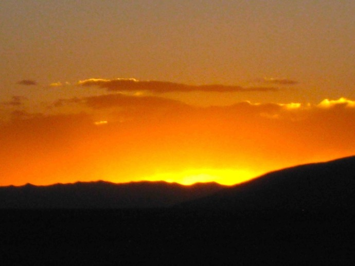 Sunset in Oruro (Photo credit: Sue's blog)