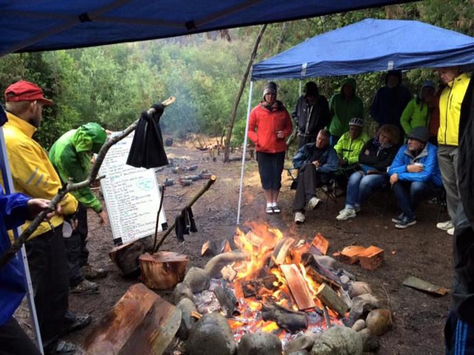 Rider's meeting around the campfire